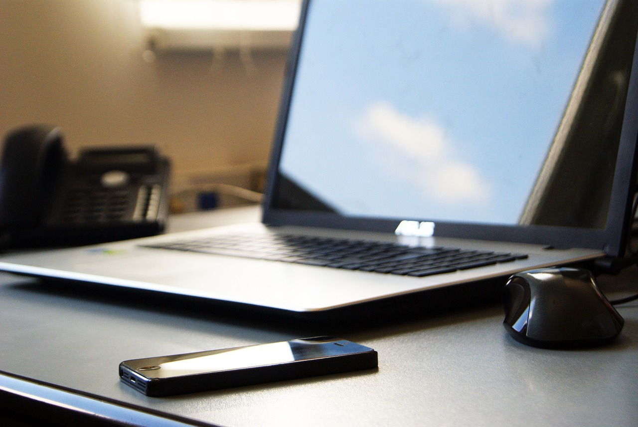 The Many Benefits of Going Paperless at Your Law Firm