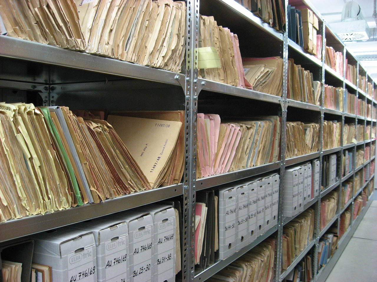 Legal Records Retrieval – Making a Case for Outsourcing